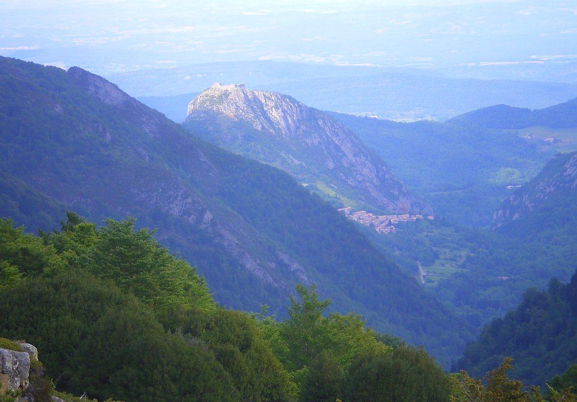 Présenter sa région/pays 86-Pog-Montsegur-illimine